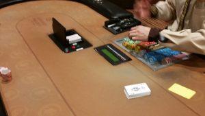 How to play Omaha poker
